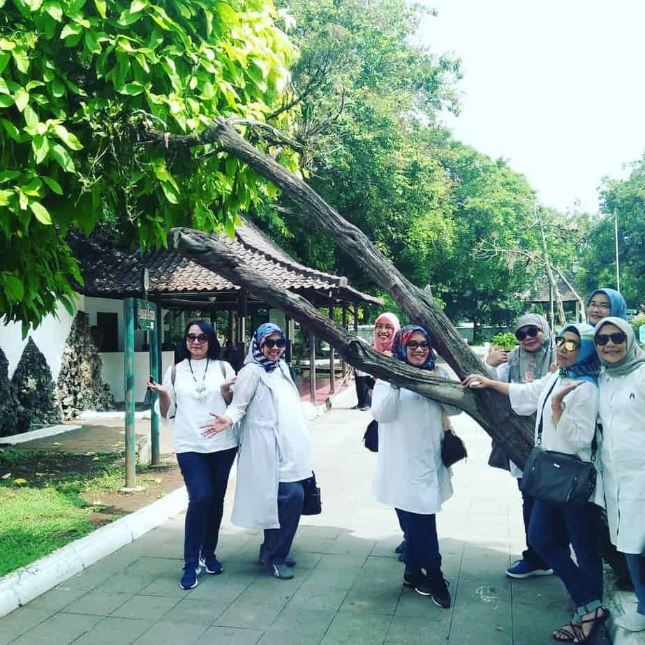Jalan Jalan Ke Cirebon Bersama Kami